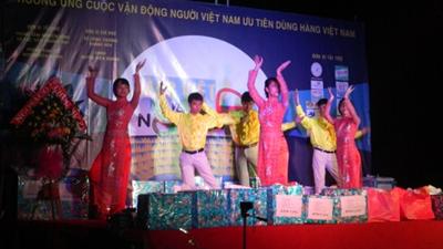 Hàng Việt về nông thôn 2015